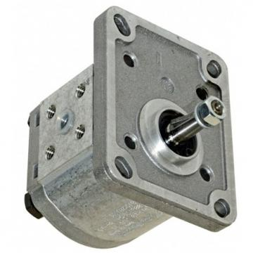 """Group 2 E52CX Gear Pump, 8.4cc, Clockwise Rotation with 1/2"""" BSP Ports"""